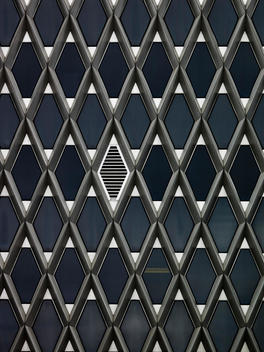 Modern Architecture, Diamond Pattern