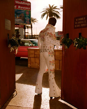 Fake Elvis Waits For Another Couple To Be Wed At The Viva Las Vegas Wedding Chapel In Las Vegas On Valentines Day