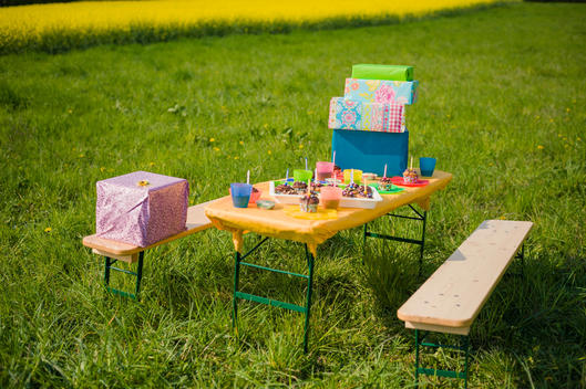Table of children\'s birthday party