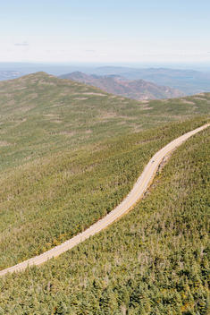 Whiteface Veteran\'s Memorial Highway, which leads up to the top of 4,867-foot high Whiteface Mountain, New York\'s fifth-highest peak.