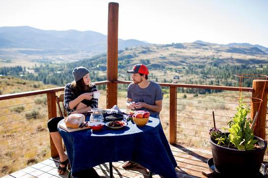 morning outdoor breakfast at the yurt