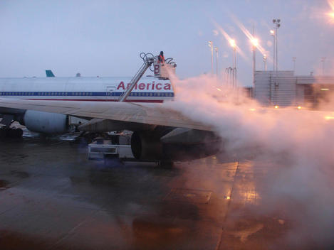 Wing And A Prayer: De-Icing At O\'Hare
