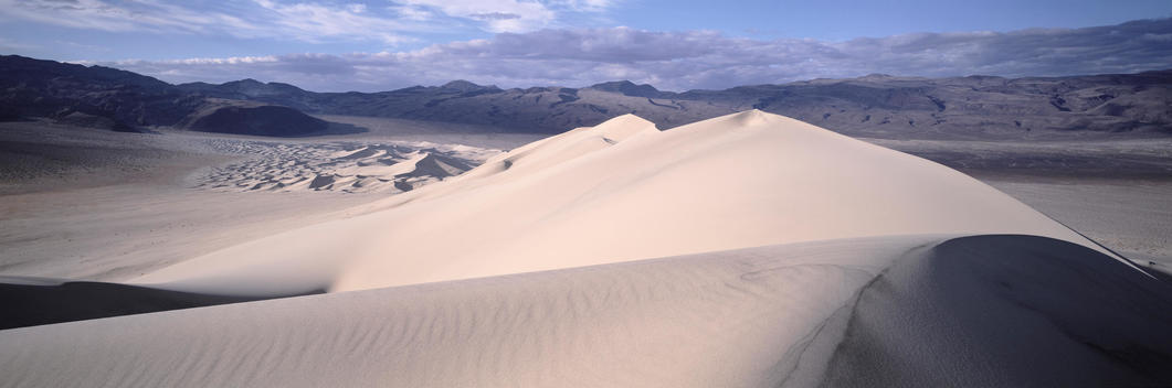 Landscape Of Dunes At White Sands, New Mexico