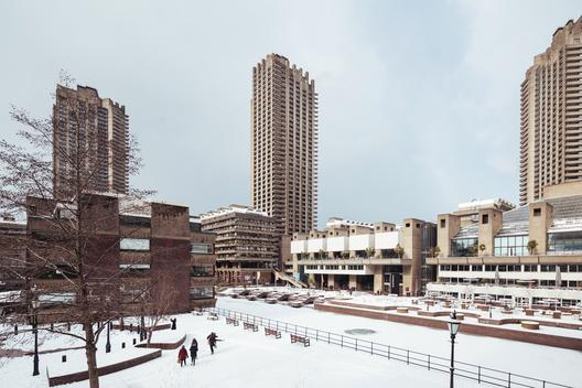 Barbican after the snowfall over London at the end of Feb. The Barbican Centre is a performing arts centre in the City of London and the largest of its kind in Europe. The Centre hosts classical and contemporary music concerts, theatre performances, film