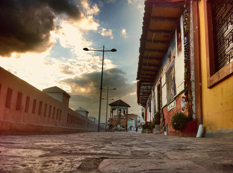 Street with cobblestone streets, historic buildings, colonial old town, Cuenca, Ecuador