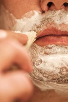 foam brush for shaving