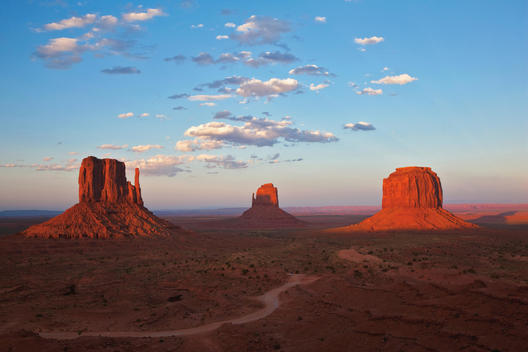 USA, Arizona, Monument Valley, The Mittens and Merrick Butte