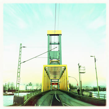 Kattwyck bridge crossing the river Elbe in Hamburg, Hanseatic City of Hamburg, Germany