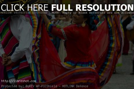 Free image of Mexican Dancers