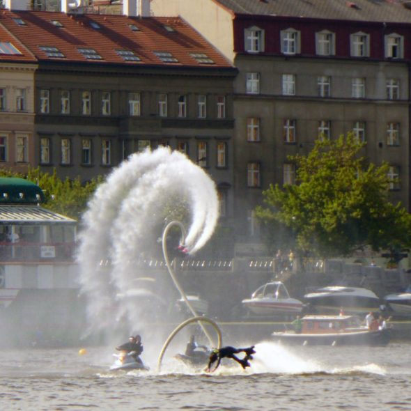 Salto with Flyboard