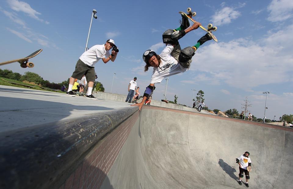 skateboard, handplant, layback