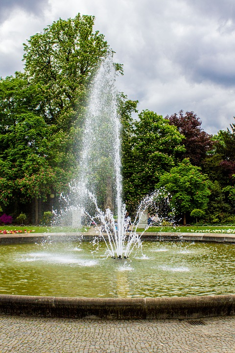 fountain, water games, water