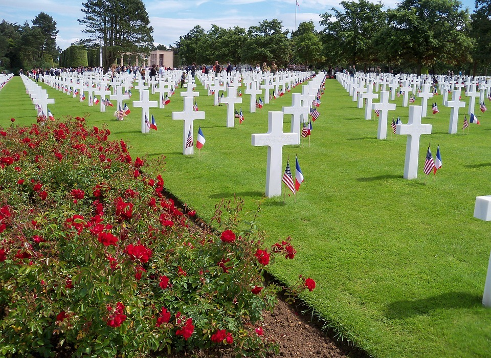 war cemetery, omaha beach, landing normandy