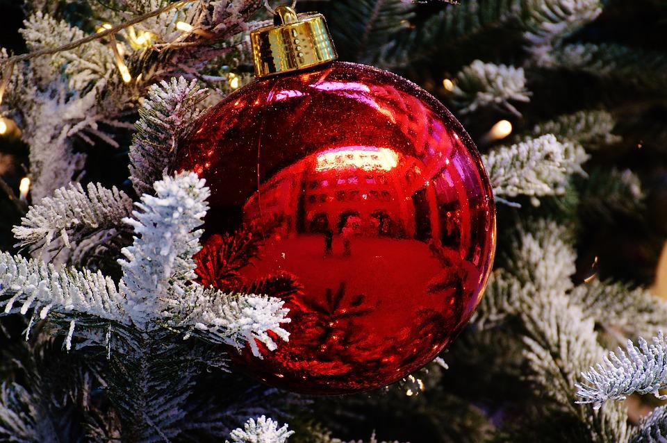 Christbaumkugeln Ornament.Christmas Christmas Balls Christbaumkugeln Stock Images Page