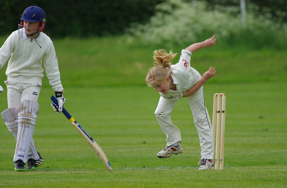cricket, bowling, girl
