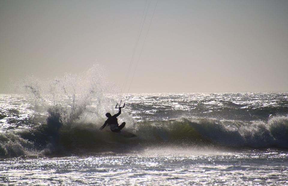 kite surfing, kitesurfer, kitesurfing