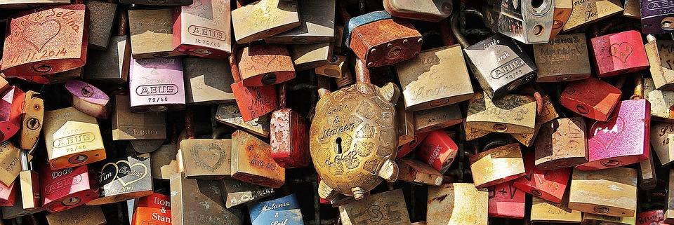 love locks, love, cologne