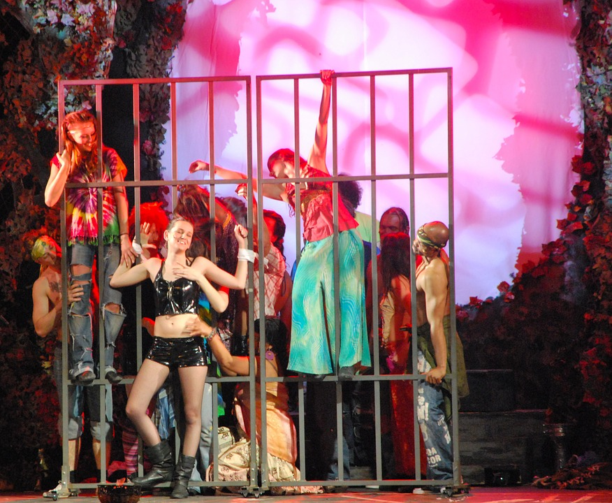 performance, dancing, hair