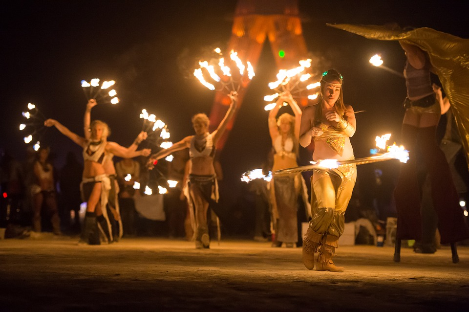 artists, fire dancer, fire