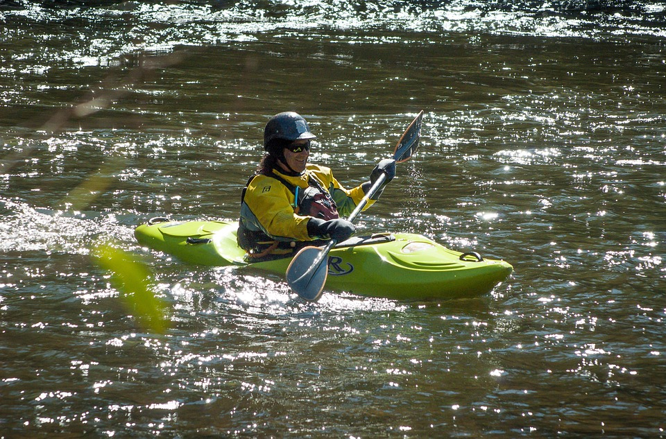 kayak, kayaker, kayaking