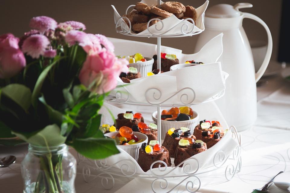 pastries, dessert, cake