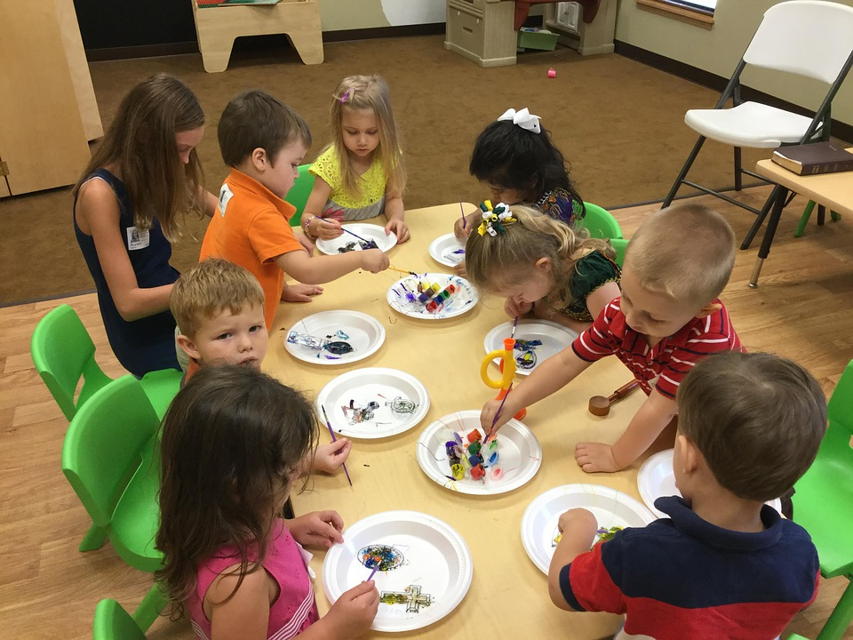 preschoolers, arts and crafts, kids learning