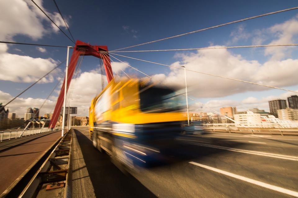tuck, bridge, motion