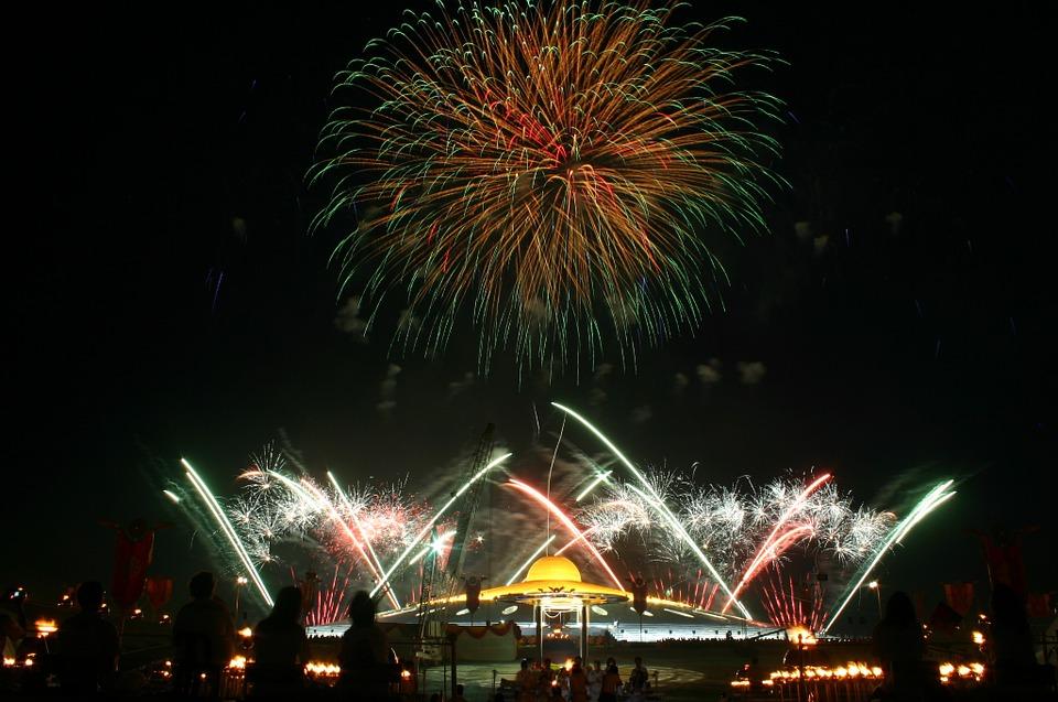 dhammakaya pagoda, celebration, fireworks