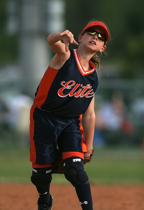 softball, player, throwing