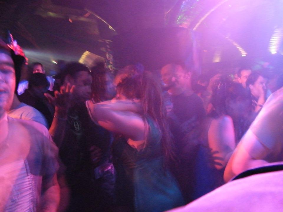 dancing, clubbing, dancers