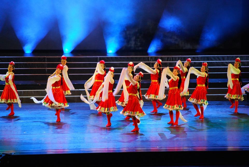 dancers, dancer, tibetan