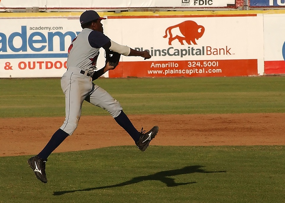 baseball, baseball player, infield