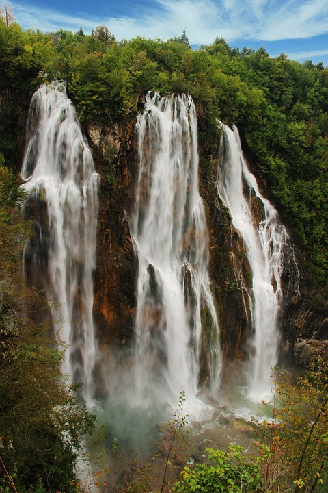 big waterfall, plitvice, kozjak lake