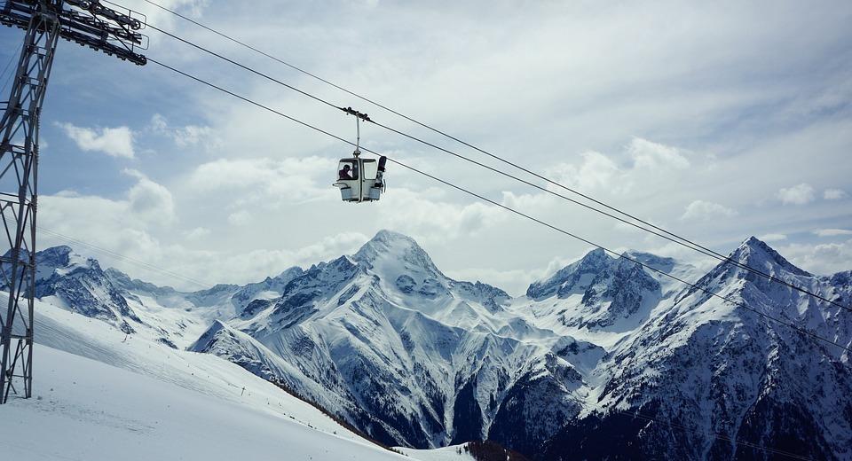 gondola lift, snowboarding, skiing