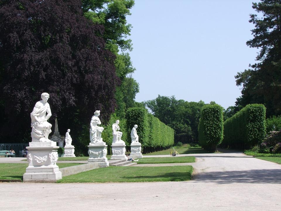 castle park, düsseldorf, benrath
