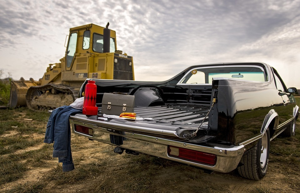 labor day, caterpillar, tractor