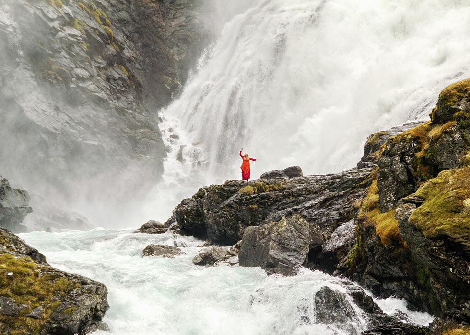 dancer, waterfall, norway