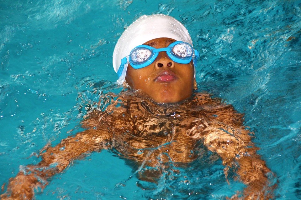 swimming course, bathing cap, diving mask