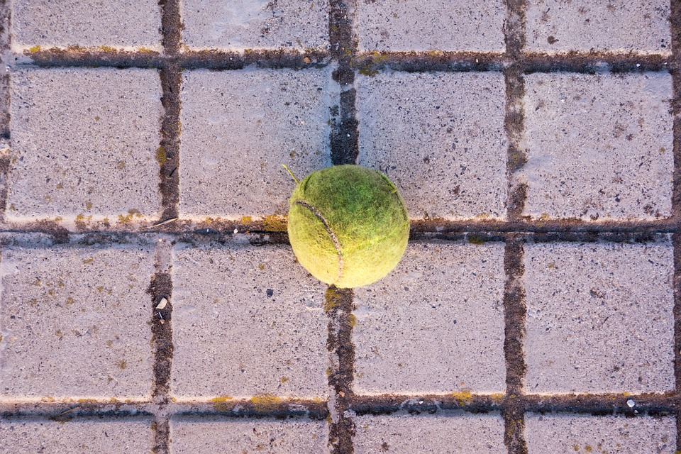 tennis, ball, centered
