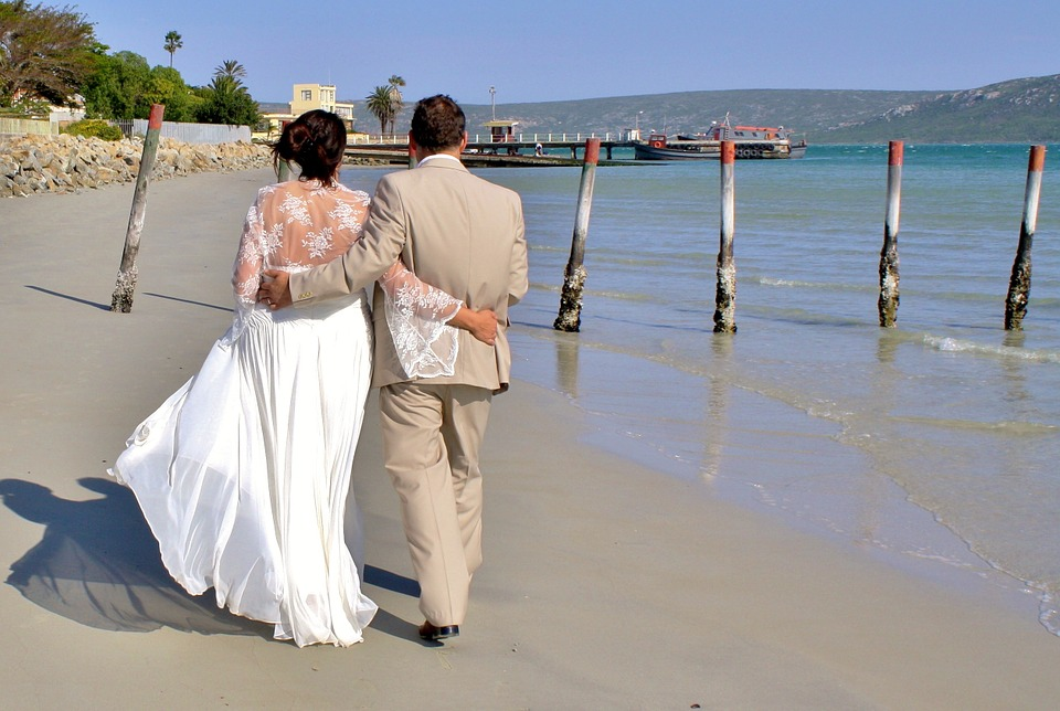 bride and groom, wedding, beach