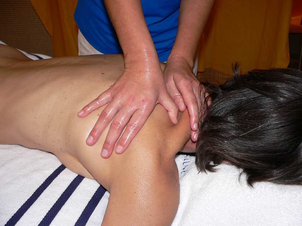 classic massage, massage, shoulder