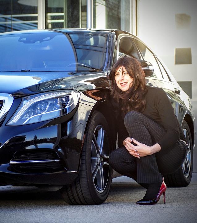 businesswoman, mercedes, black