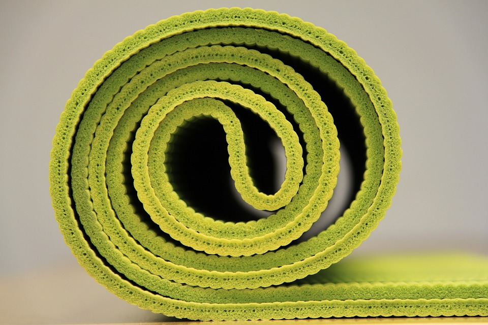 yoga, yoga mat, green