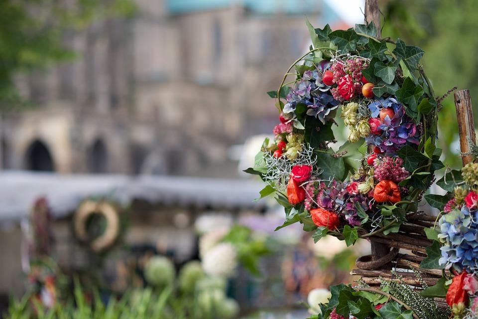 thanksgiving, wreath, flowers