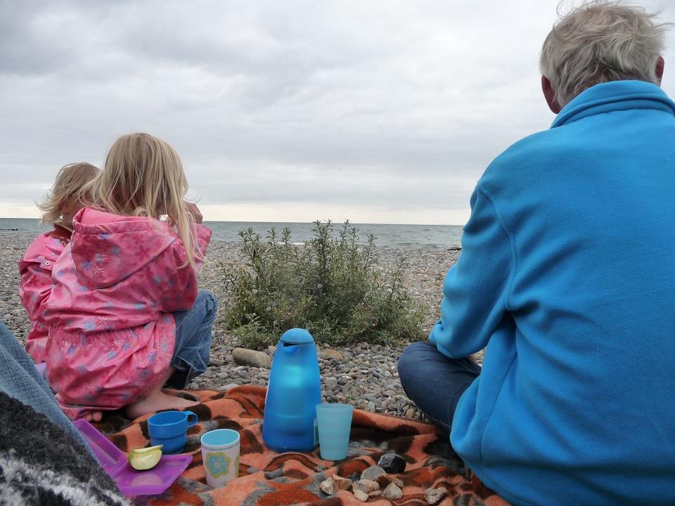 picnic, baltic sea, children
