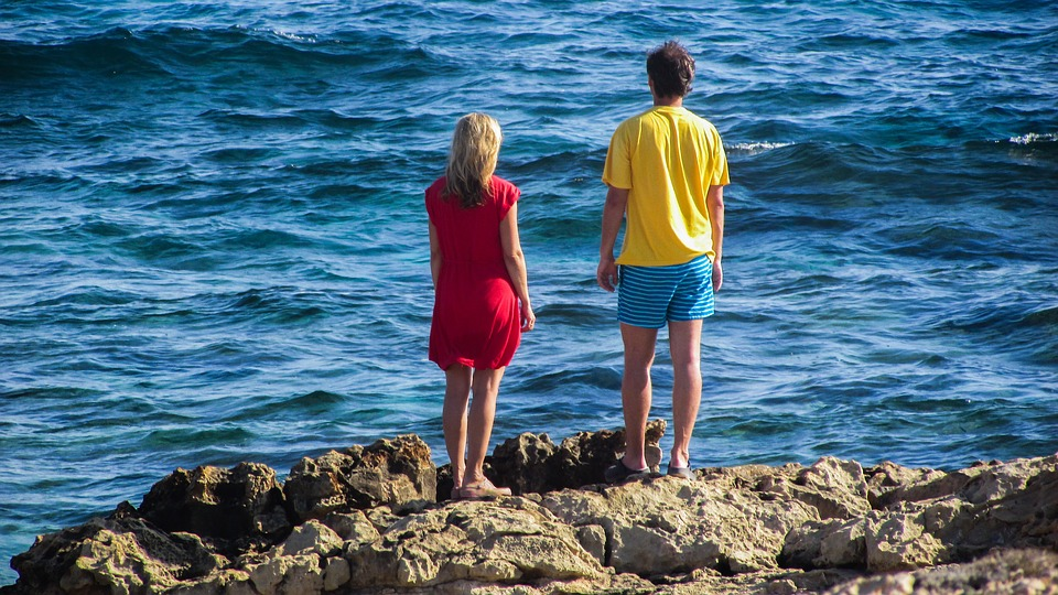 couple, looking, sea