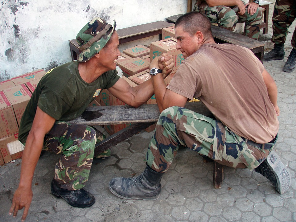 arm wrestling, military men, fun