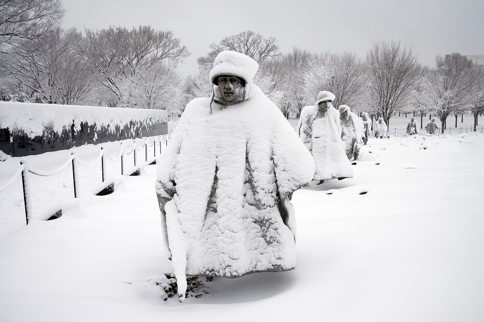 korean war memorial, statues, snow