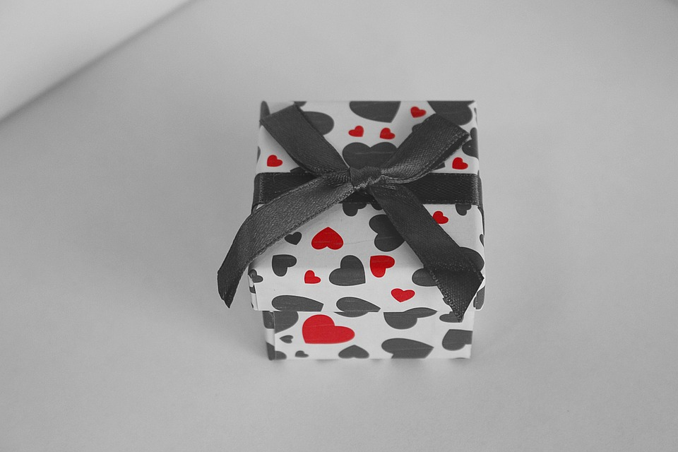 gift box, valentine\'s day, love