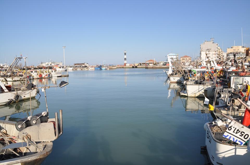 catholic, sea, fishing vessels